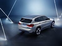 foto: BMW_Concept_iX3_09.jpg