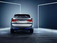 foto: BMW_Concept_iX3_10.jpg
