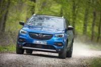 foto: 11 Opel Grandland X 2017.jpg