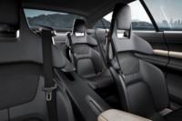 foto: Porsche Taycan Mission E ext. 13 interior asientos.jpg