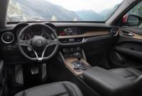 foto: 07 Alfa Stelvio 2.0 T Q4 2017 interior salpicadero.jpg