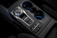 foto: 23b Ford Focus ST-Line 2018 interior cambio automatico.jpg