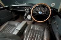foto: Aston Martin DB5 Goldfinger Continuation_11 salpicadero.jpg