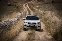 foto: jeep-cherokee-my19-restyling_10.jpg
