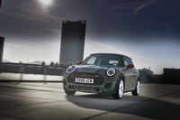 foto: MINI John Cooper Works Euro 6d-TEMP 2019_02.jpg