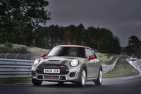foto: MINI John Cooper Works Euro 6d-TEMP 2019_03.jpg