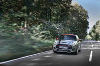 foto: MINI John Cooper Works Euro 6d-TEMP 2019_06.jpg