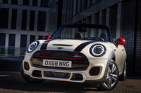 foto: MINI John Cooper Works Euro 6d-TEMP 2019_16.jpg