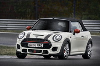 foto: MINI John Cooper Works Euro 6d-TEMP 2019_20.jpg