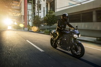 foto: Triumph Speed Triple RS_05.jpg