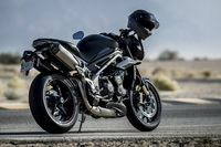 foto: Triumph Speed Triple RS_08.jpg