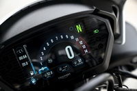 foto: Triumph Speed Triple RS_09.jpg
