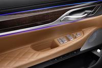 foto: BMW Serie 7 2019 restyling_34a.jpg