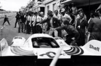 foto: 22f_Porsche Type 917 Martini (1971) boxes.jpg