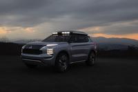 foto: Mitsubishi Engelberg Tourer SUV concept_07.jpg