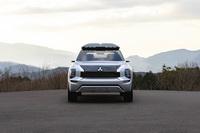 foto: Mitsubishi Engelberg Tourer SUV concept_09.jpg