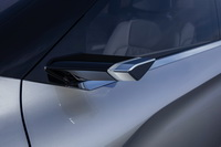foto: Mitsubishi Engelberg Tourer SUV concept_22.jpg