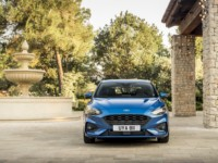 foto: 06 Ford Focus ST-Line 2018.jpg