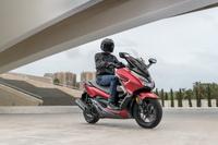 foto: Honda Forza 125i ABS 2018-2019_16.jpg