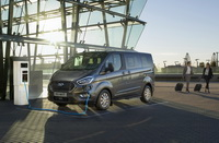 foto: Ford Tourneo Custom PHEV 2019_02.jpg