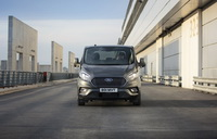 foto: Ford Tourneo Custom PHEV 2019_04.jpg
