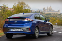 foto: Hyundai Ioniq 2019 restyling_05.jpg