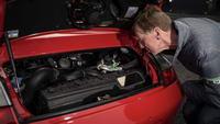 foto: Porsche 911 Turbo y Walter Rohrl_16.jpeg