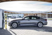 foto: BMW 520e Sedan_02.jpg