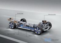 foto: Mercedes-Benz EQC_45.jpg