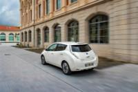 foto: 05 Nissan LEAF 30 kWh 2017.jpg