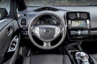foto: 12 Nissan LEAF 30 kWh 2017.jpg