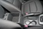 foto: 32 Hyundai Elantra 2016 interior consola.JPG