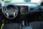 foto: 31 Mitsubishi Outlander PHEV Kaiteki 2016 interior salpicadero.JPG