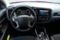 foto: 32 Mitsubishi Outlander PHEV Kaiteki 2016 interior salpicadero volante.JPG