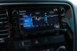 foto: 43 Mitsubishi Outlander PHEV Kaiteki 2016 interior pantalla 11 barometro.JPG