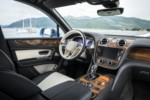 foto: 16 Bentley Bentayga Diesel 2016 interior salpicadero.jpg