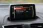 foto: 31 Mazda3 2.2 D SportSedan Luxury +Pack Safety+Navi 2016 interior salpicadero pantalla navegador mantenimiento.JPG