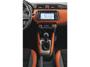 foto: 28 Nissan_Micra_2016 interior salpicadero consola.jpg