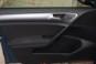 foto: 20 Golf 1.0 TSI Bluemotion 115 2016 interior puerta.JPG