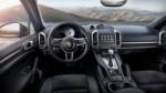foto: 05 Porsche Cayenne S Platinum Edition 2017 interior salpicadero.jpg