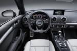 foto: 15 Audi RS 3 Sportback 2017 400 CV interior salpicadero.jpg