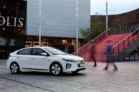 foto: 03 Hyundai Ioniq electrico 2017.jpg