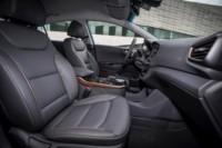 foto: 24 Hyundai Ioniq electrico 2017.jpg