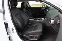 foto: 14 Jaguar XE 2.0d 180 RWD Prestige.JPG