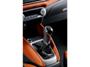 foto: 29 Nissan_Micra_2016 interior salpicadero consola palanca.jpg