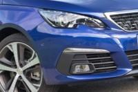 foto: 01 Peugeot 308 restyling 2017.jpg