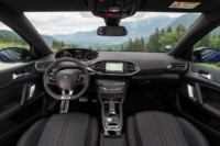 foto: 17 Peugeot 308 restyling 2017.jpg