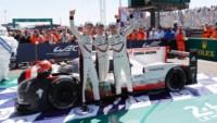 foto: 20 Porsche Le Mans 2017 LMP1.jpg