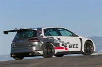 foto: 05 Volskwagen Golf GTI TCR.jpg