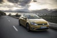 foto: 08 Volkswagen Golf 1.5 TSI Evo MY17.jpg